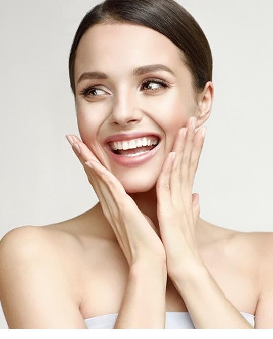 여성조선봄만큼 화사한 피부 만드는 방법